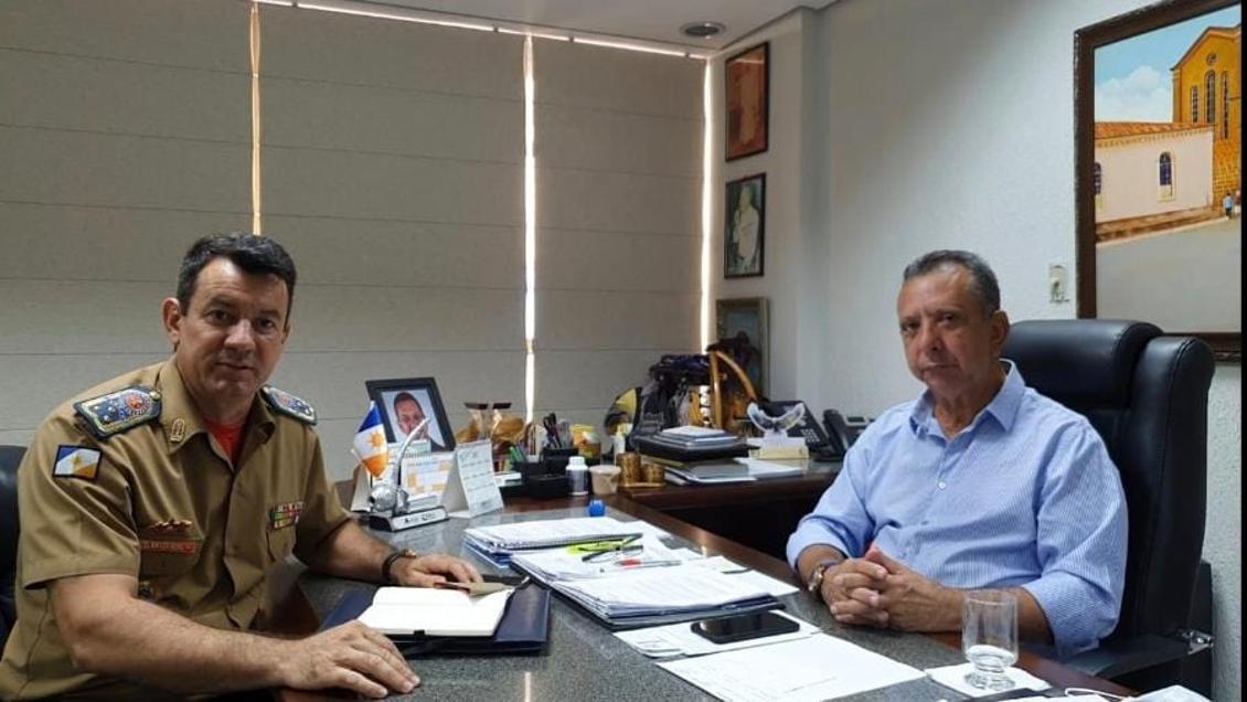 Antonio Andrade - Presidente da Aleto e Cel Leandro Cmte do Corpo de Bombeiros