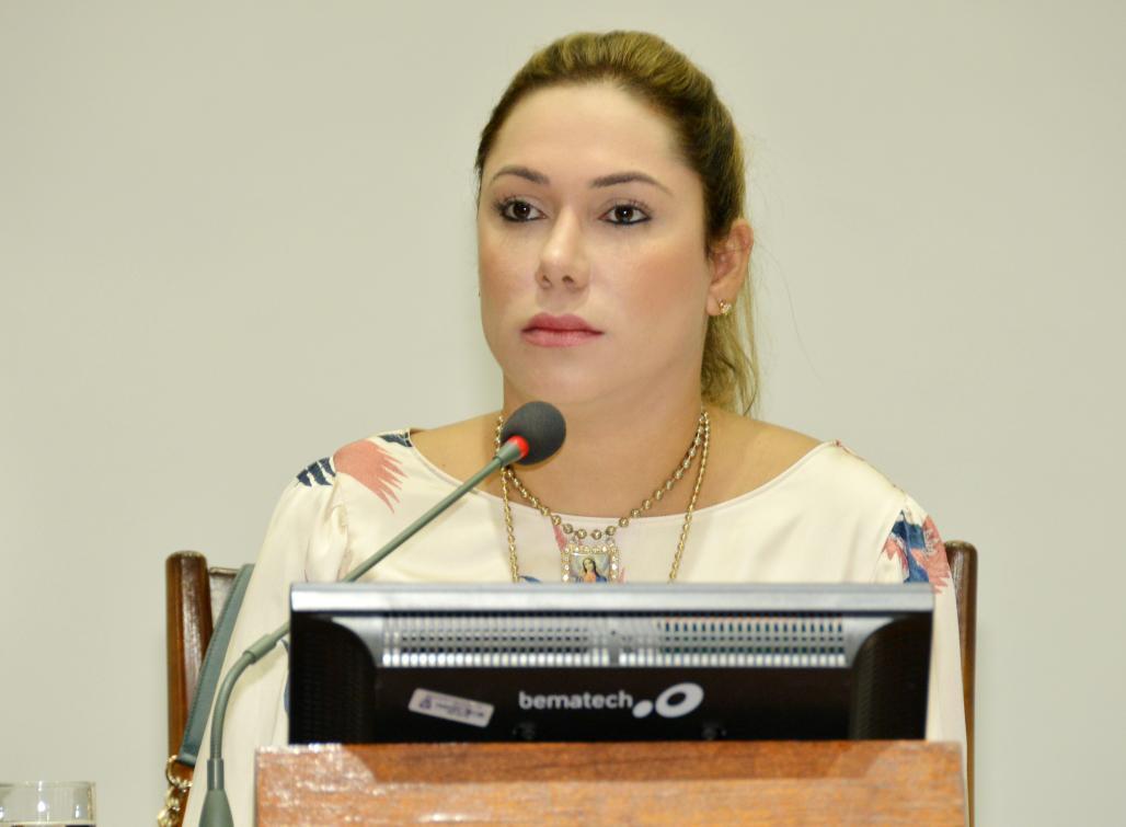 Luana Ribeiro é autora de duas das propostas