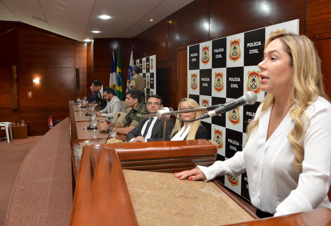 Em evento, Luana defende polícia forte no Estado
