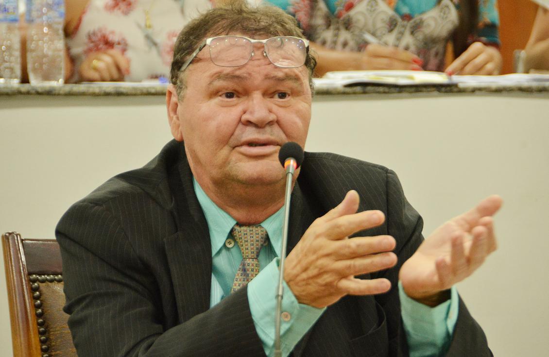 Bonifácio é o autor da proposta aprovada
