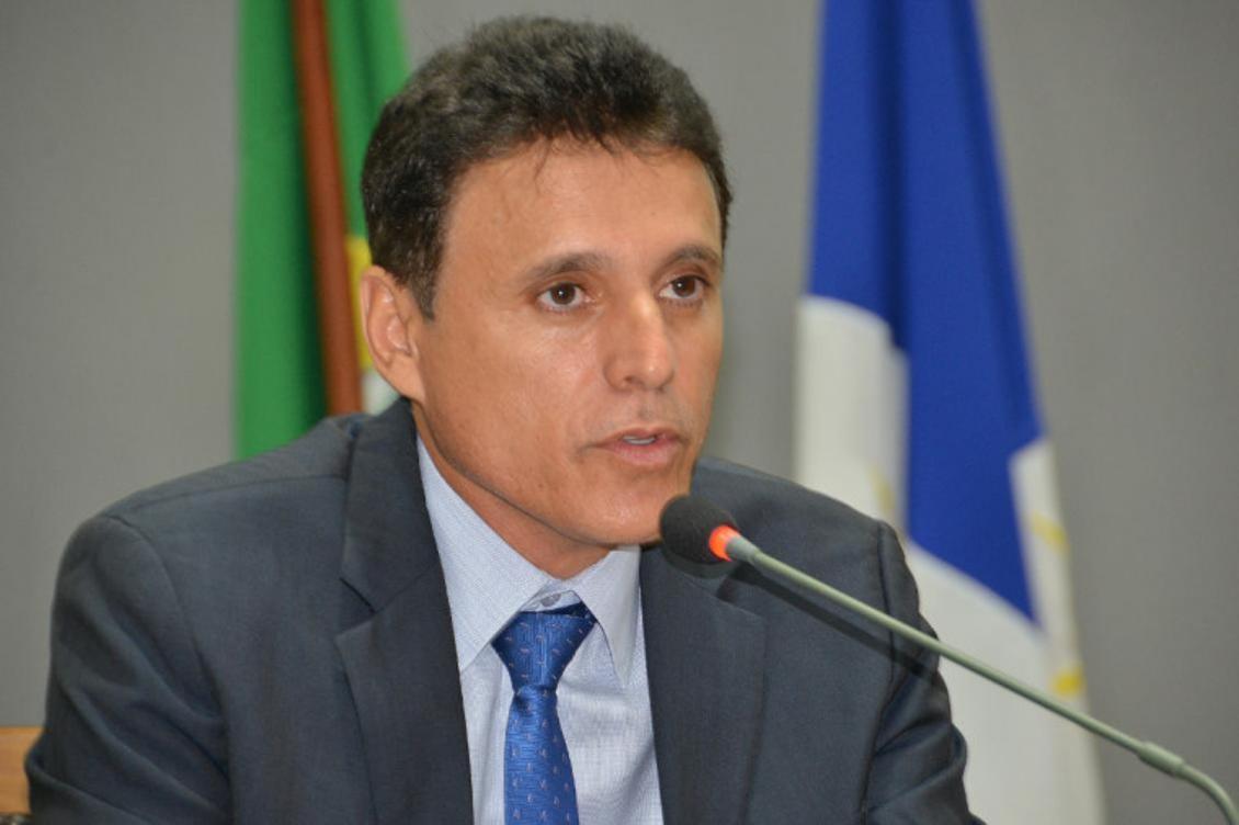 Relator de PL que flexibiliza o pagamento de mensalidades