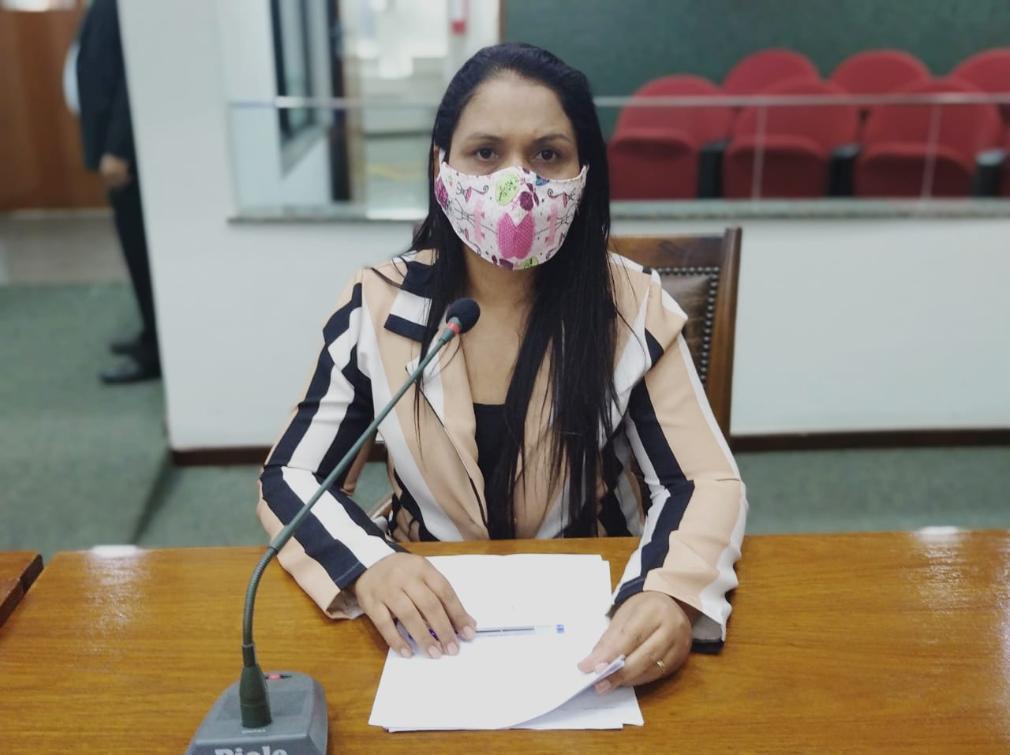 Vanda Monteiro é autora do projeto