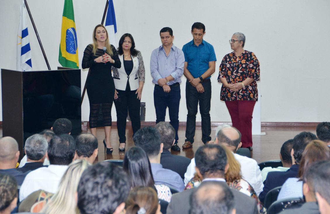 O encontro contou com a participação de parlamentares e servidores da Casa