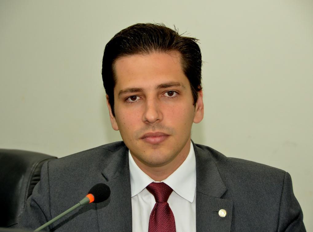 Olyntho parabeniza o Governo pela tecnologia no Naturatins