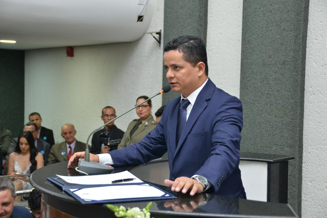 Jorge Frederico na tribuna da Assembleia