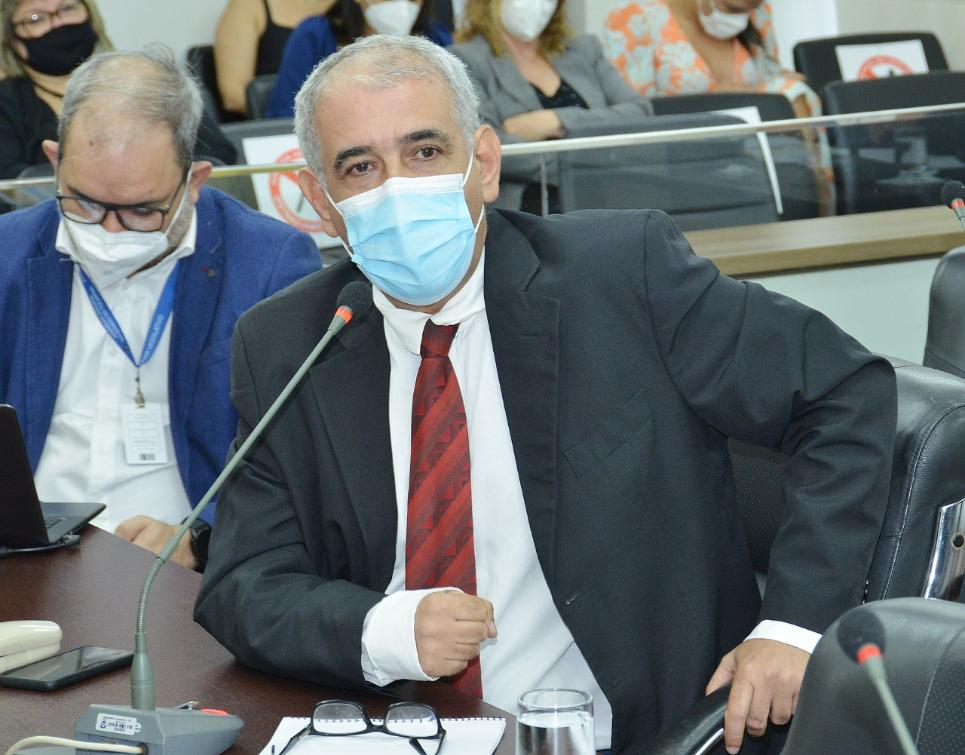 Zé Roberto Lula pede informações sobre lentidão na vacina dos tocantinenses