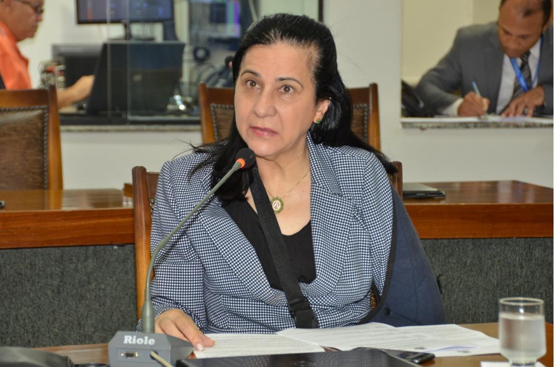Amália Santana volta a fazer apelo ao governo por UTIs no Hospital Regional de Colinas