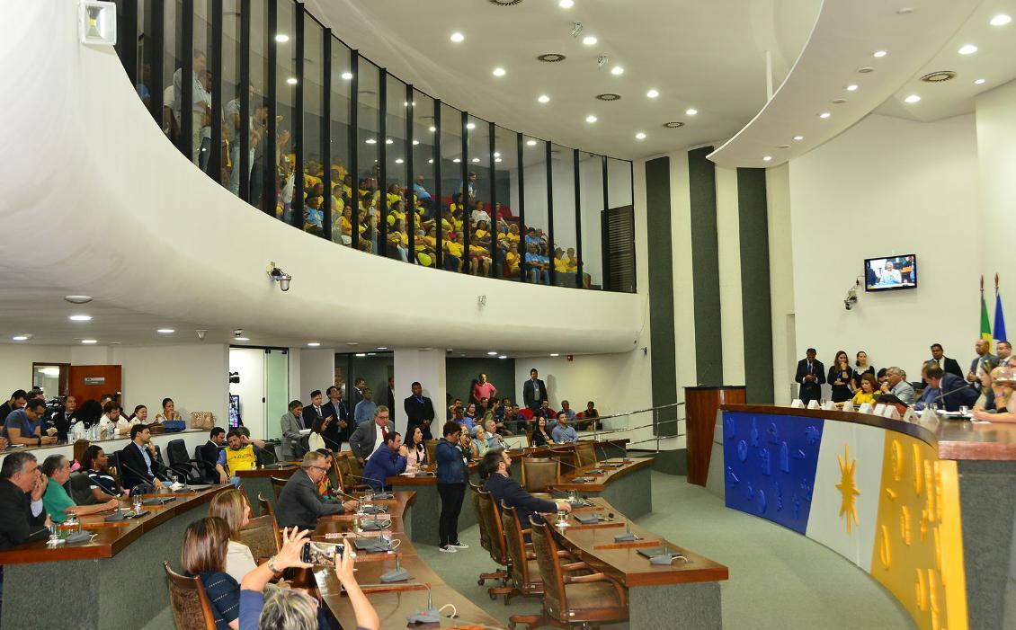 Evento foi realizado no plenário da Assembleia