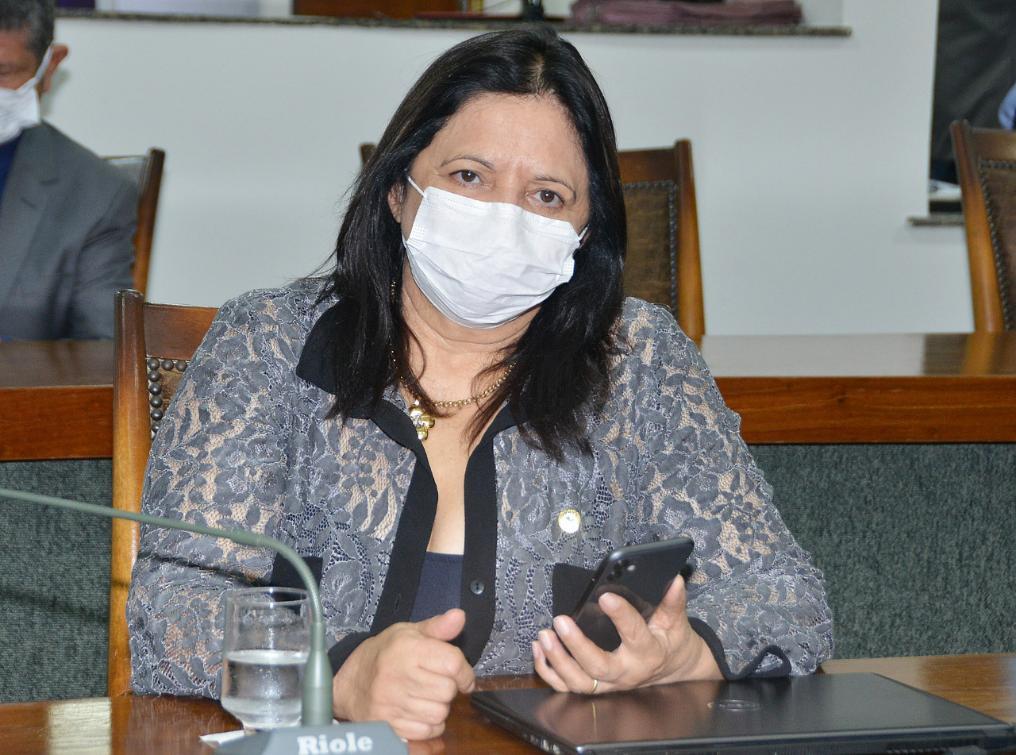 Deputada se dispõe a atuar na promoção de políticas que garantam proteção durante a pandemia