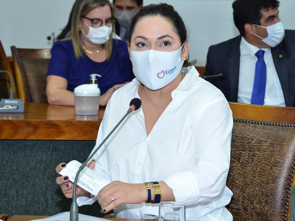 Luana Ribeiro defende gratificação temporária para os profissionais de Segurança Pública