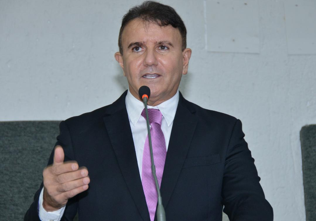 Discussões foram iniciadas por Eduardo Siqueira Campos