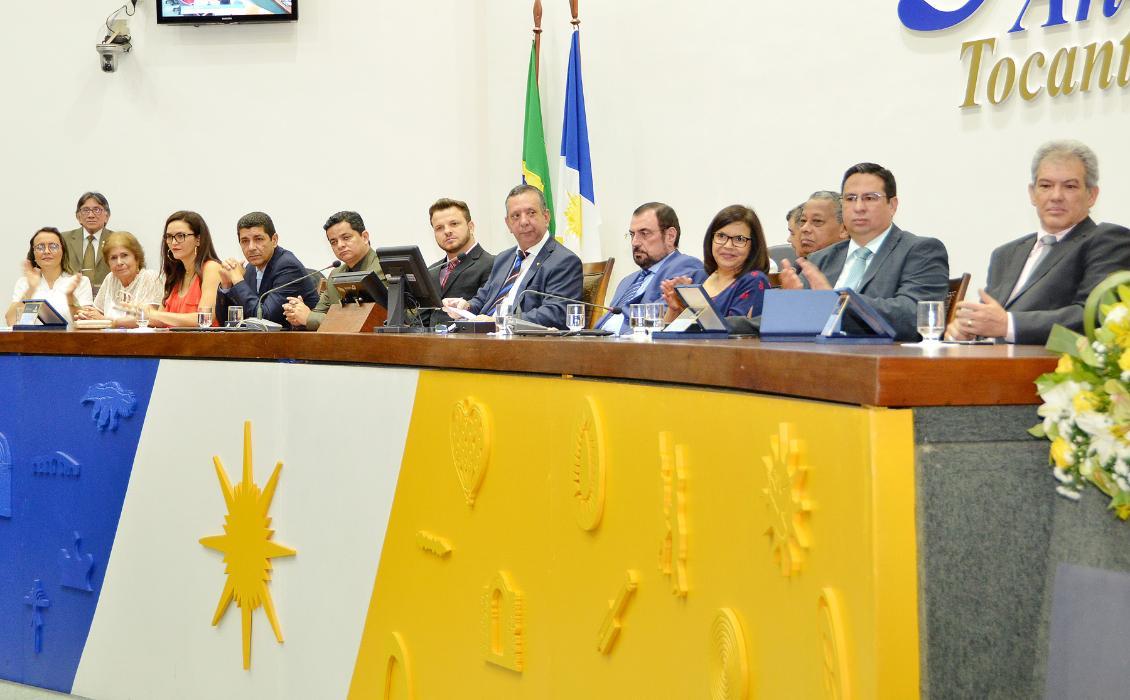 Sessão Solene homenageou Jornalistas