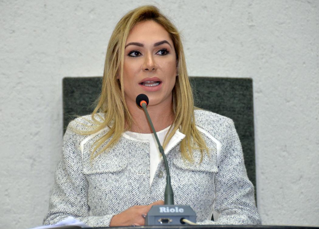 Deputada Luana Ribeiro propôs a homenagem