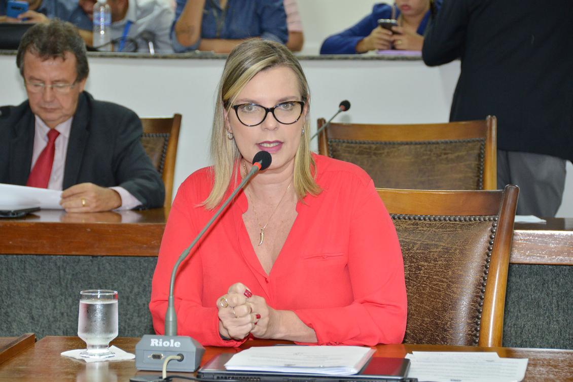 Reunião será presidida por Claudia Lelis