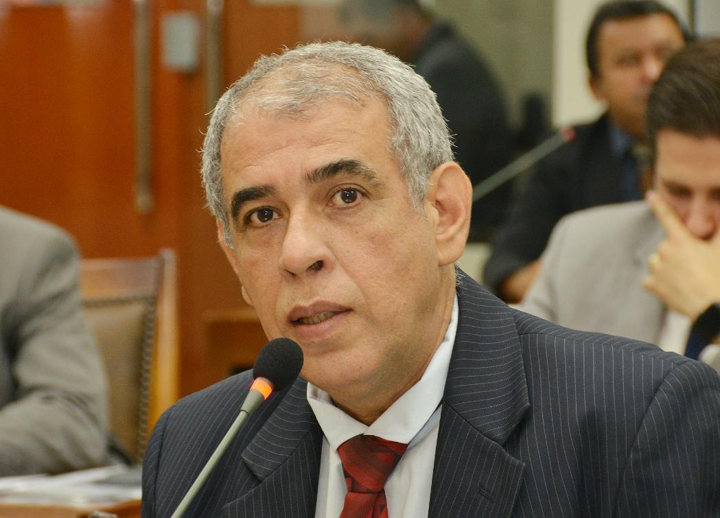 Discussão foi proposta pelo deputado Zé Roberto