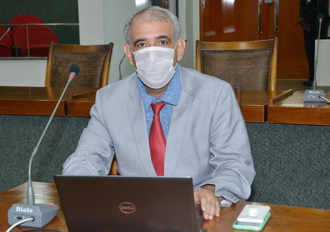 Zé Roberto ressalta irresponsabilidade do governo federal com o trabalhador