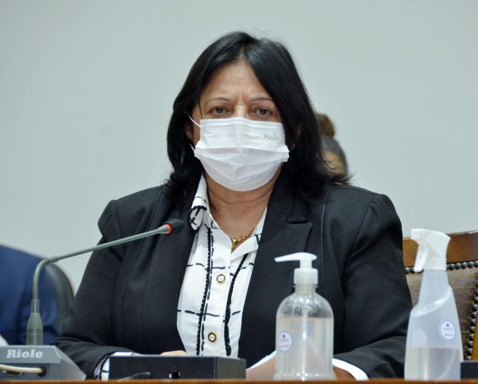 Deputada Estadual Valderez Castelo Branco foi indicada pelo Arcebispo do Tocantins, Dom Pedro