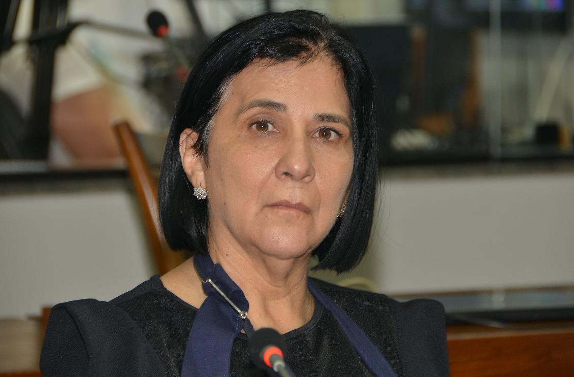 A parlamentar sofreu um acidente vascular cerebral (AVC) em 17 de março