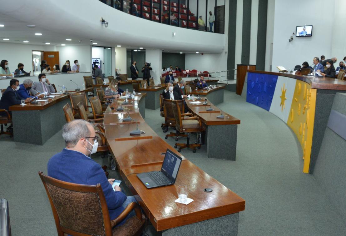 A sessão aconteceu na tarde desta terça-feira, 27