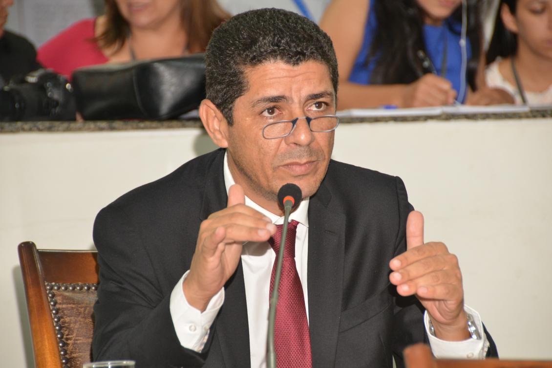 Valdemar Júnior solicita do governo do Estado a recuperação de rodovias