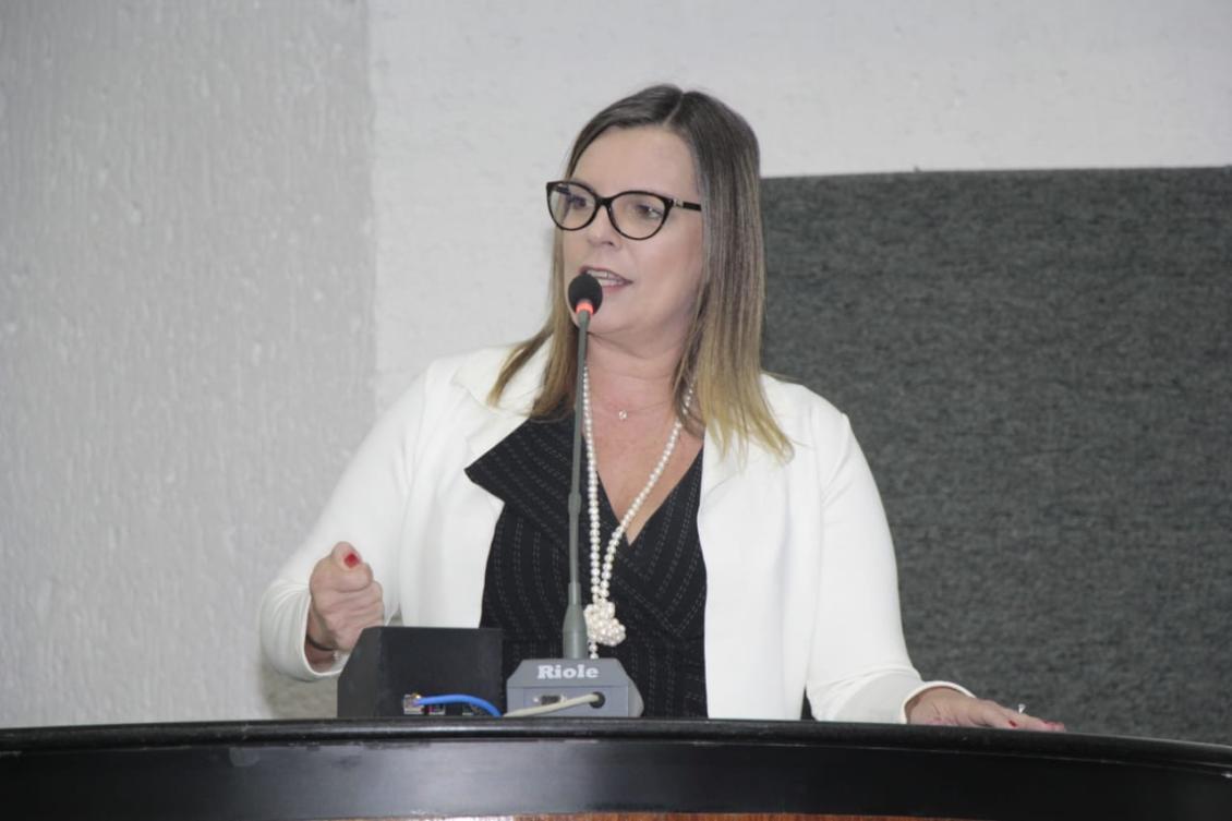 Claudia critica corte de recursos para Amazônia