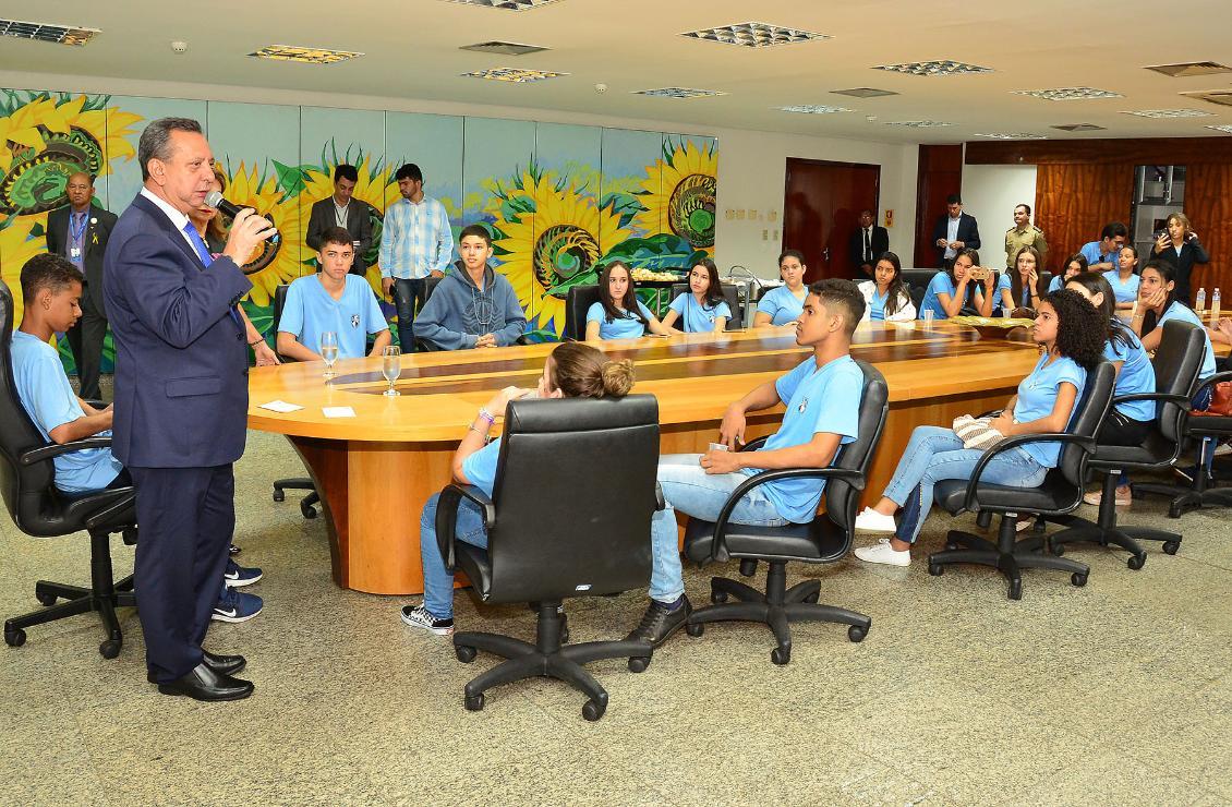 Antonio Andrade disse que a Casa está de portas abertas às escolas