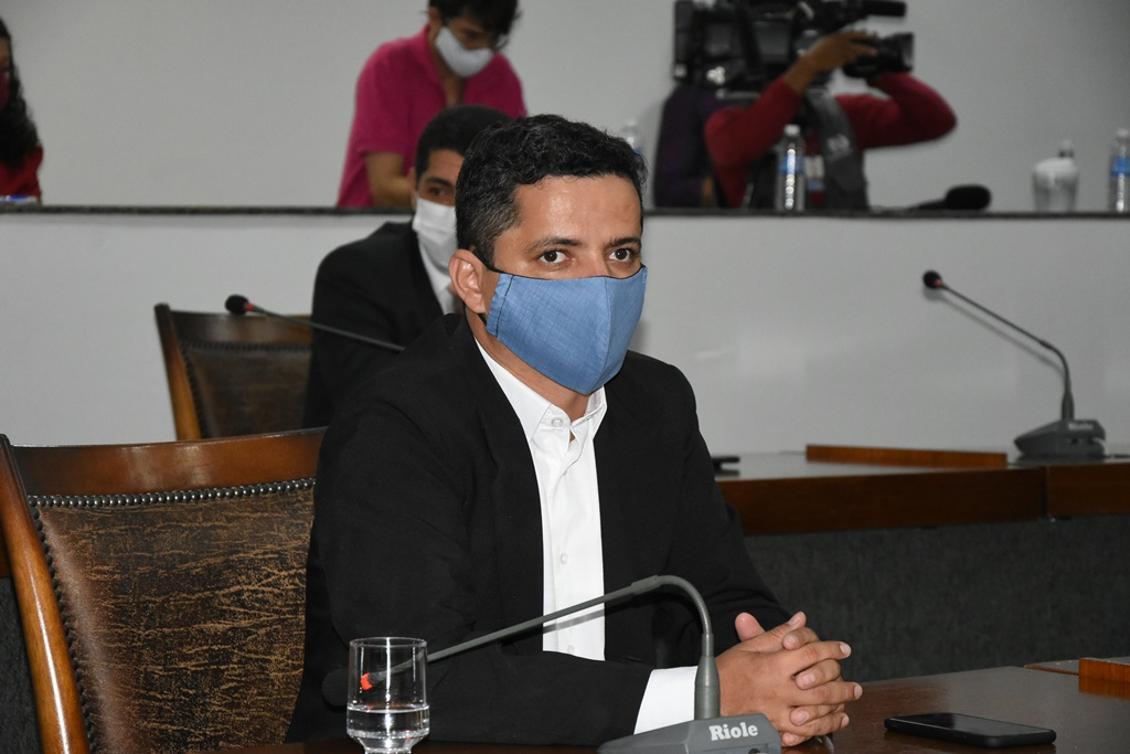 O deputado participou do debate promovido pela Comissão da Saúde junto a outros parlamentares