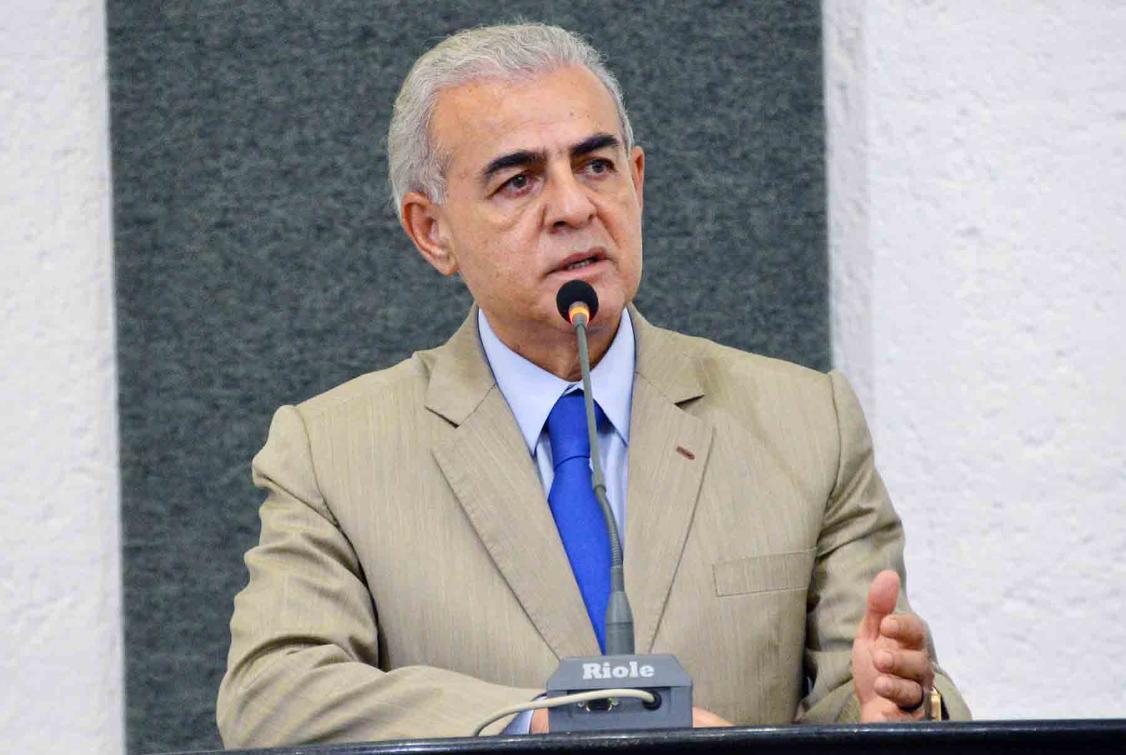 Para Mourão, o  parlamento precisa contribuir para uma mudança de conduta