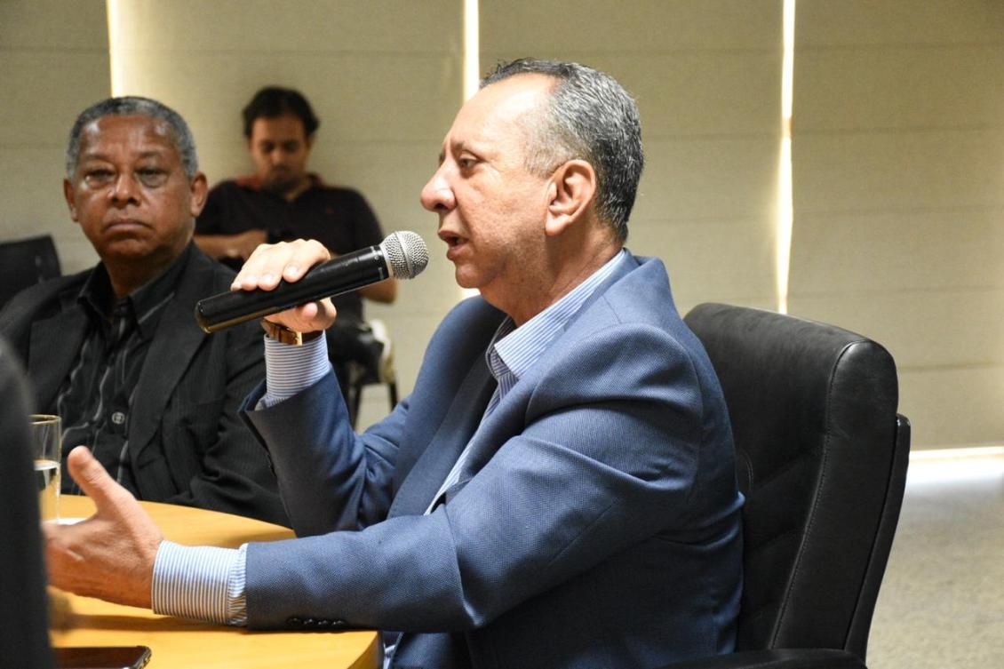 Antonio Andrade durante entrevista coletiva