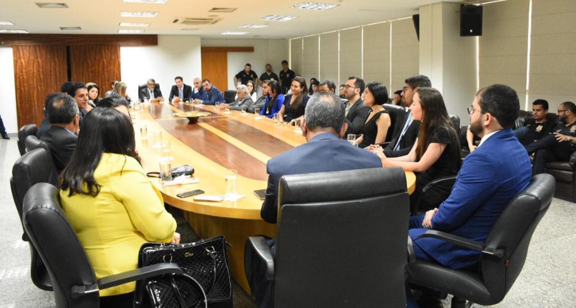 Issam Saado participa de reunião com a Polícia Civil na AL-TO