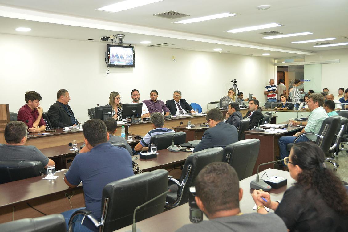Debates aconteceram na Comissão de Minas, Energia, Meio Ambiente e Turismo