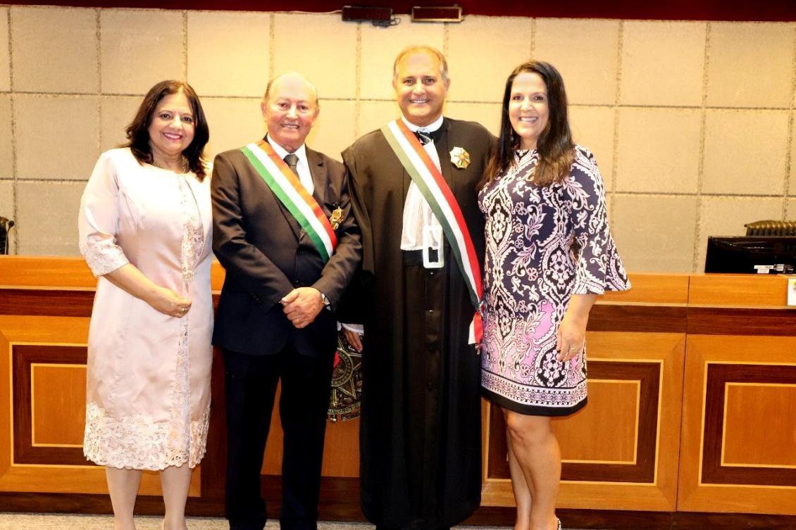 Lázaro Botelho recebe maior honraria concedida pelo Tribunal Regional do Trabalho