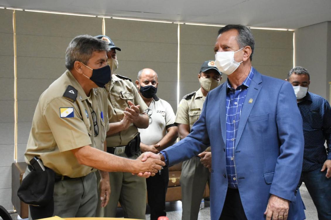 Antonio Andrade recebe demandas de subtenentes da PM