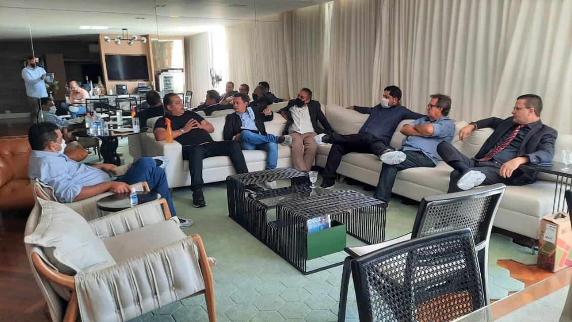 O parlamentar aproveitou a ida à Brasília para visitar municípios que compõem sua base de apoio