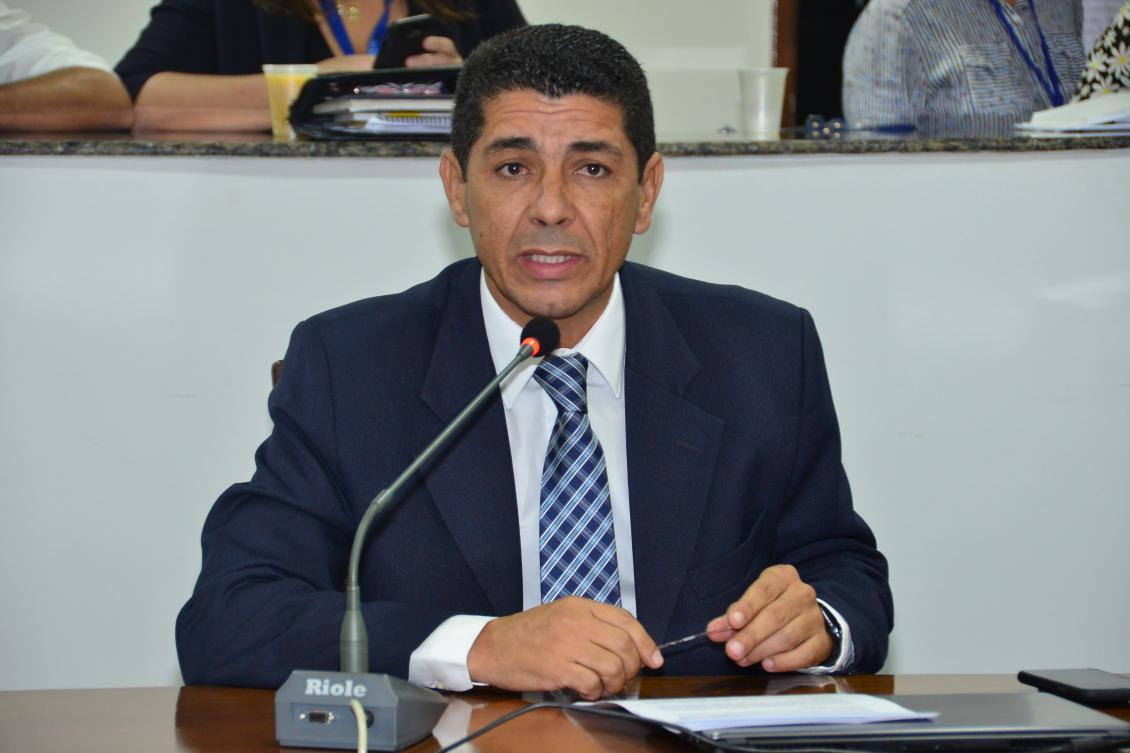 A intenção do deputado é que criar Escolinhas Públicas de Futebol nos municípios.
