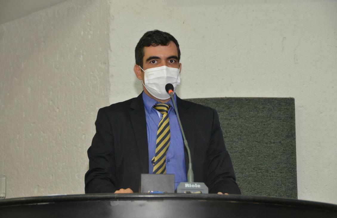 Ricardo Ayres é autor da proposta