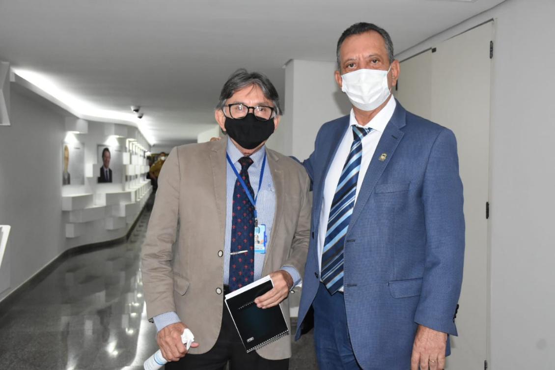 Antonio Andrade e o jornalista Damasceno