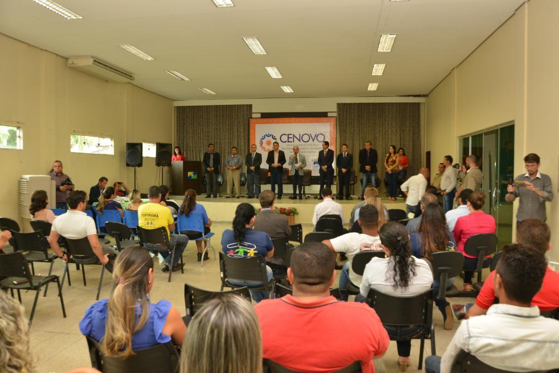 Em reunião da Cenovo, deputados ouvem comunidade.
