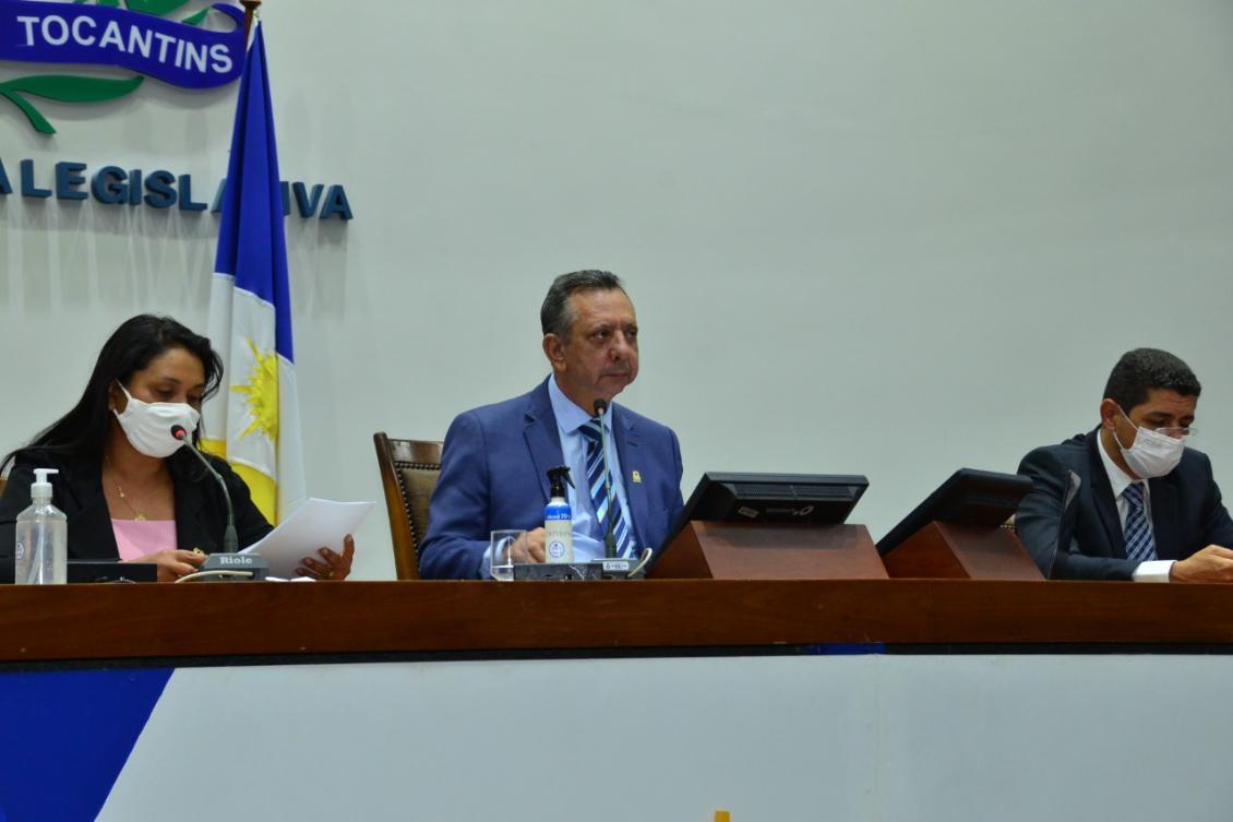 Antonio Andrade durante sessão desta segunda, 12.