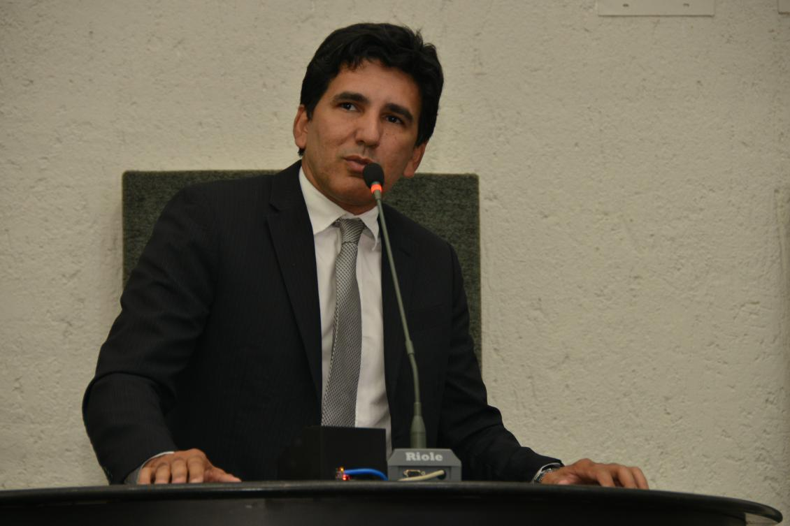 Professor Júnior Geo (PROS)