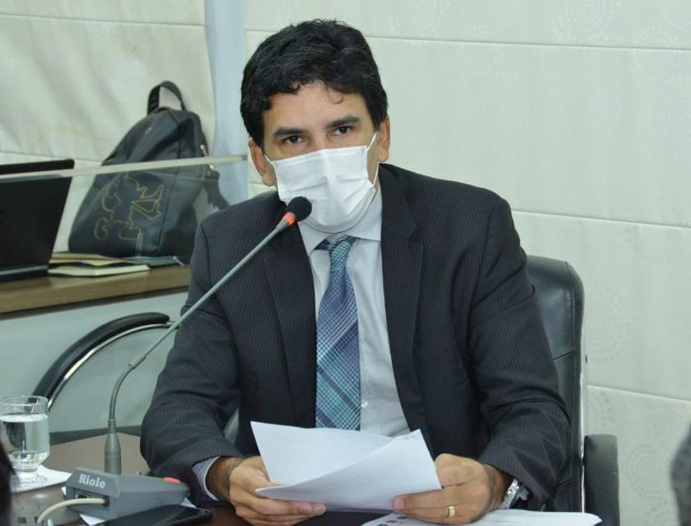 Deputado esteve presente em audiência pública com a SES na última quinta-feira, 29.