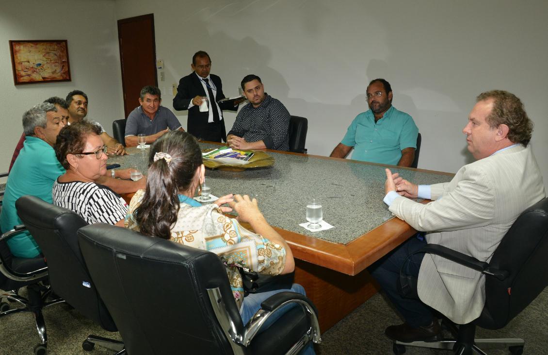 Carlesse reuniu-se com empresários do setor