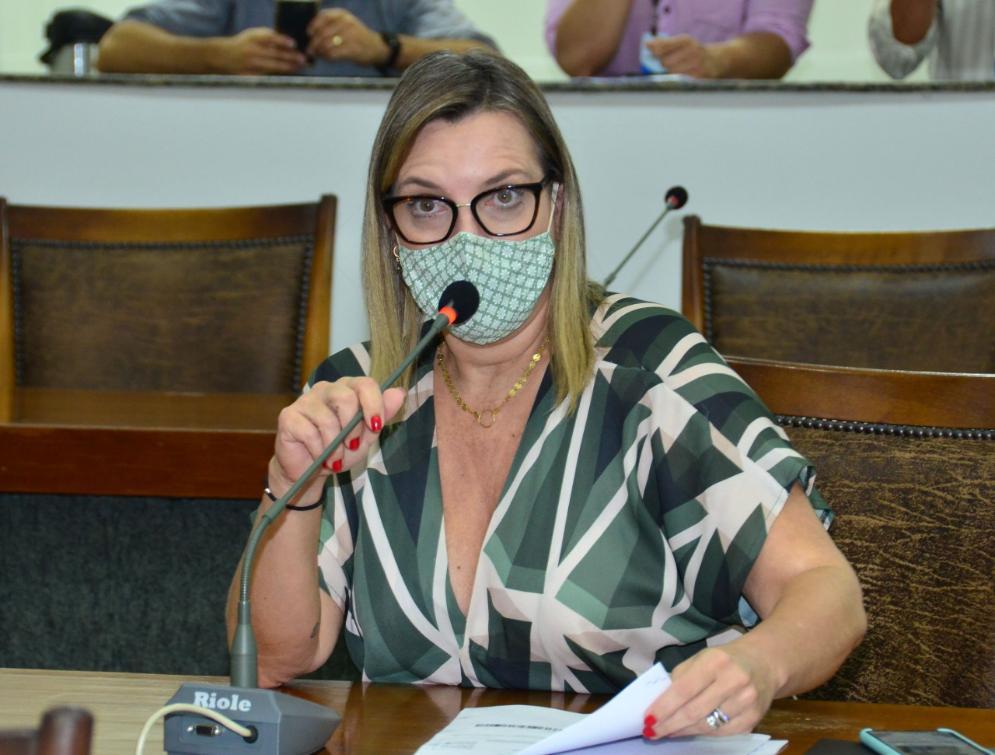 Deputada Cláudia Lelis