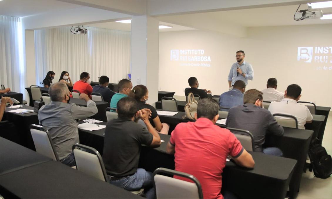 Evento contou com a presença de vereadores e servidores de diversos municípios tocantinenses.