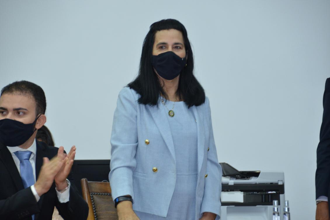 Amália Santana destina R$ 400 mil para manutenção do Hospital de Colinas