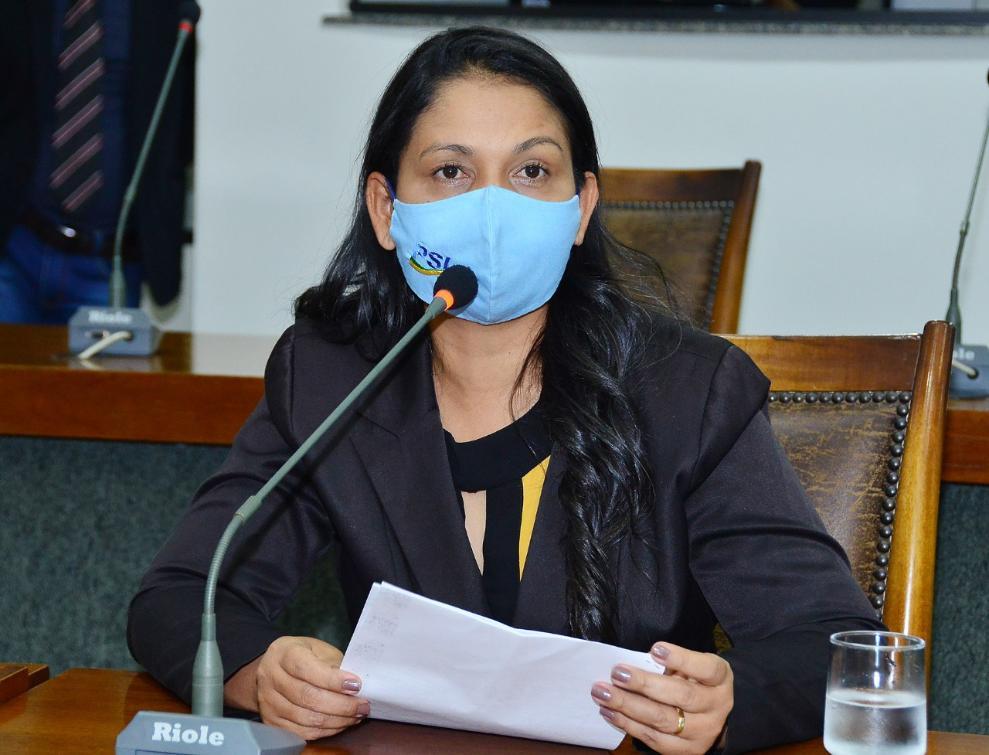 A deputada Vanda Monteiro comentou a satisfação de ser autora da lei