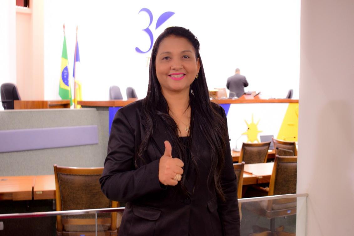 Vanda Monteiro (PSL) destacou que o projeto de lei é uma demanda das categorias profissionais.