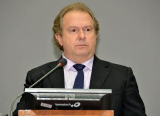 Carlesse diz que projeto não traz informações