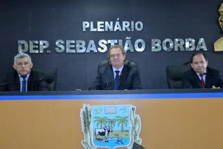 Matérias foram lidas durante sessão em Miracema